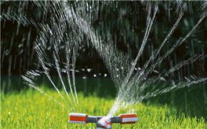 Удобный круговой дождеватель с возможностью настройки параметров полива